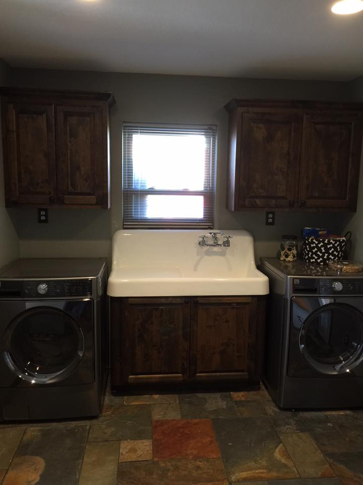 Laundry Room Sink and Cabinets